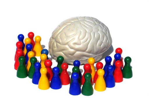 figures around a brain model